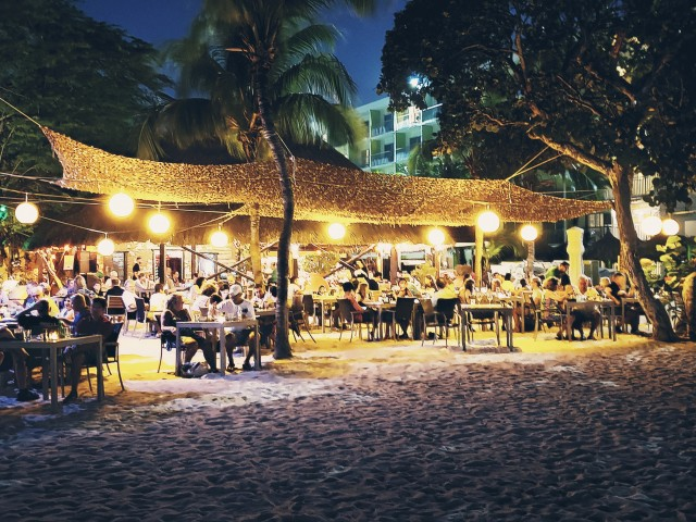 A 5-course food & wine pairing at MooMba Beach